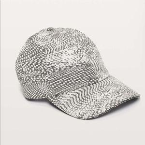 NWT Lululemon Baller Hat Run Swerve Vapor Grey